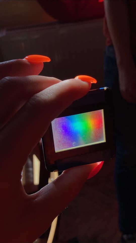Szivárvány létrehozása optikai ráccsal